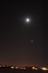 In this image of Jupiter, the Moon, and Venus taken on February 26, 2012, Jupiter and the Moon are less than five degrees apart and the Moon and Venus (below) are about 12 degrees apart.